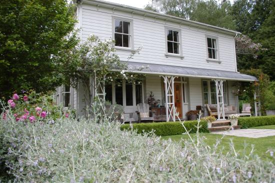 Coombe Farm Bed and Breakfast