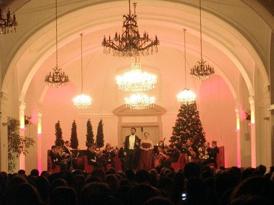 Schloss Schönbrunn Orchester: Wonderful concert!