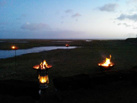 Puur Terschelling - Day Tours: campfire with a view