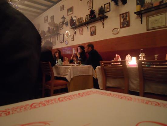 La salle manger picture of chez nous tunis tripadvisor for Salle a manger tunisie