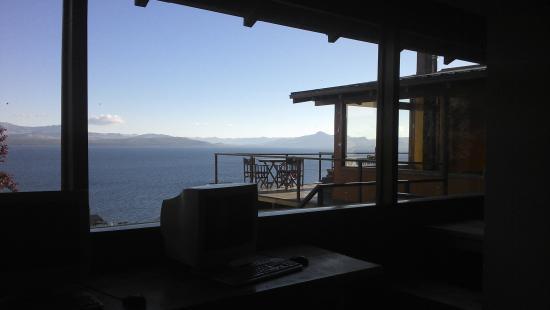 Hostel Inn Bariloche: vista desde el desayunador