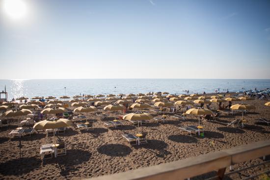 Marina di Castagneto Carducci, Italien: Spiaggia