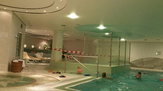 Kinderpool geschlossen bild von allg u stern hotel for Allgau sonthofen hotel