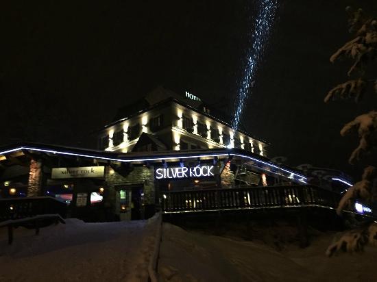Hotel Praha: Ночной клуб при отеле