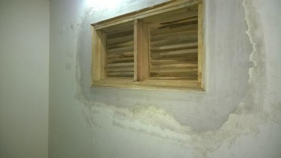 Hotel Lav-Kush Deluxe: Room ventilation