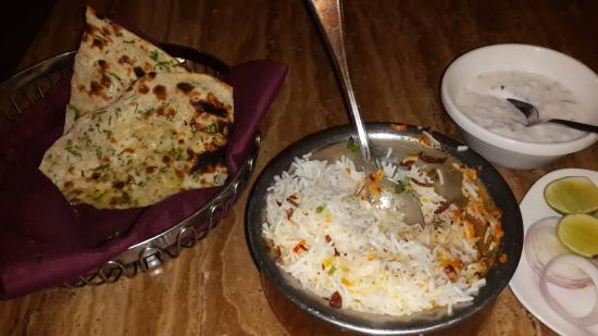 Begum's: Chicken byriani and garlic nan (bread)