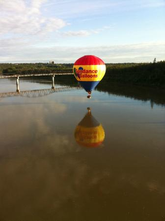 Sundance Balloons: Edmonton, Alberta
