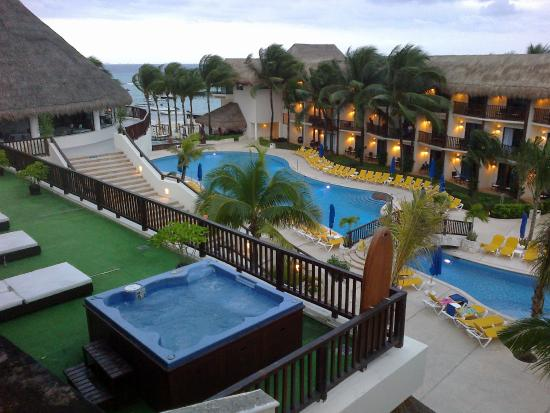 The Reef Coco Beach La Pileta Y El Jacuzzi