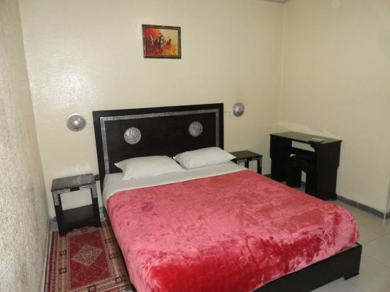 Hotel Narjisse: Bedroom