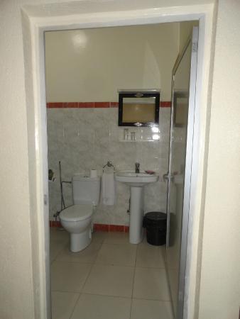 Hotel Narjisse: Bathroom
