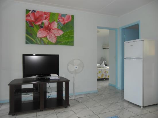 Quest Apartments: Premier Lounge room