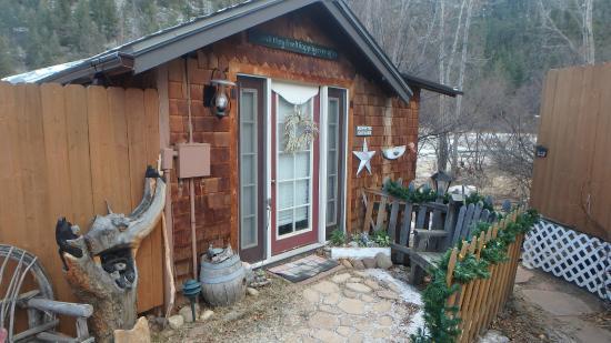 Annie's Mountain Retreat: Cute and Quaint