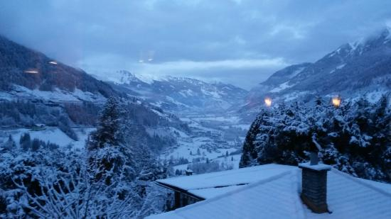 Hotel Alpenblick: View fromt he dining room