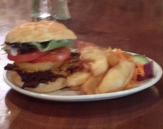 Sullivans Bar: Pulled beef burger on tiger roll with your choice of sweet chilli or barbecue sauce with chilli