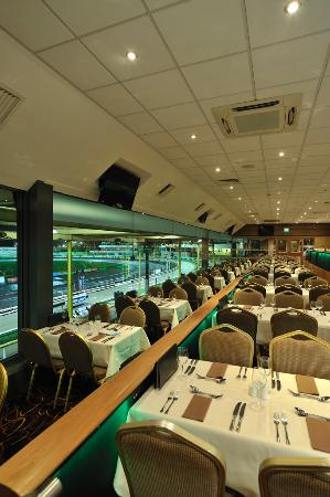 Owlerton Greyhound Stadium: Panorama Restaurant - Owlerton Stadium