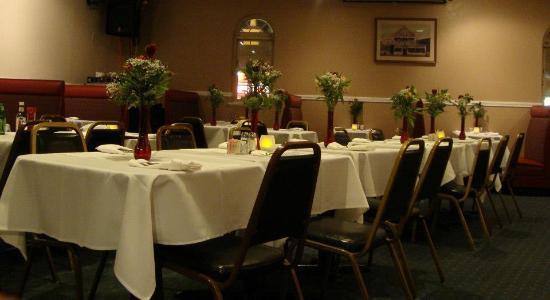 Christopher's Restaurant & Lounge
