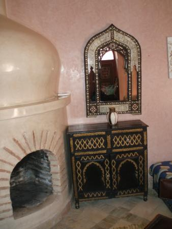 Riad Julia: The Fire place was not in use.