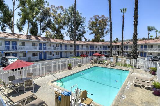 Motel 6 Los Angeles Hacienda Heights Pool