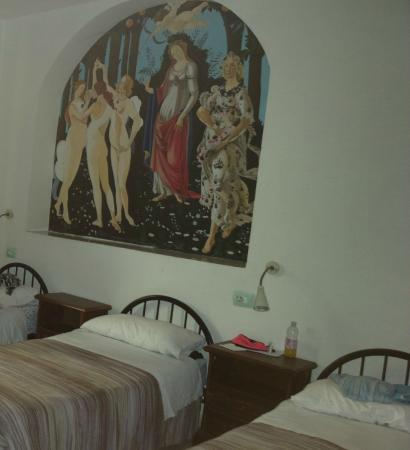 Central Hostel Florence: В номере