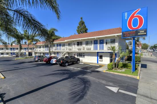 Motel 6 Los Angeles - Long Beach: Exterior