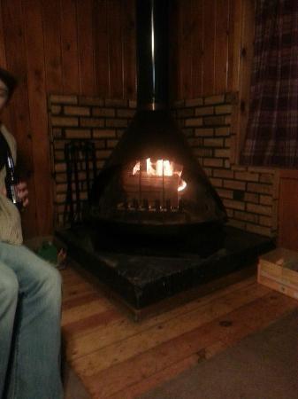 Rio Colorado Lodge: Fireplace