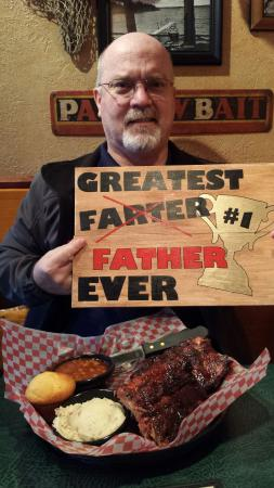 Famous Dave's: Greatest place for daughters birthday present