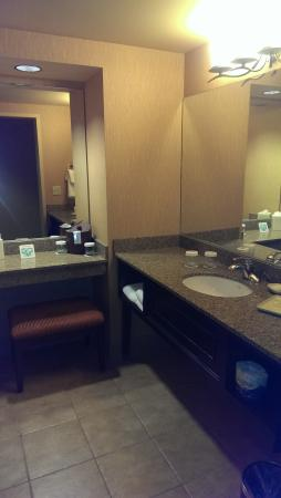 Silver Reef Hotel Casino and Spa: powder room