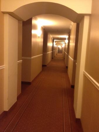 Hotel Brossard: passage
