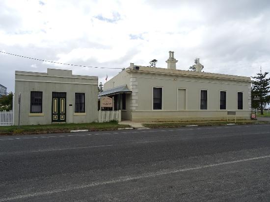 Port Albert Maritime Museum: The Maritime Museum... an old bank