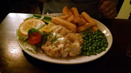 Red Lion Coaching Inn: Fish pie