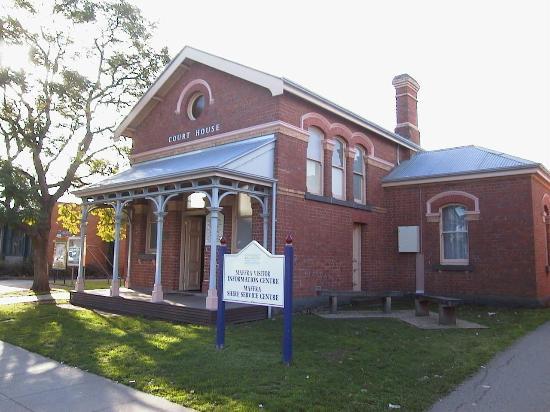 Maffra, Austrália: Visitor Information Centre
