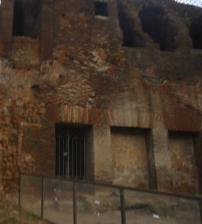 House of Augustus : Column of Marcus Aurelius