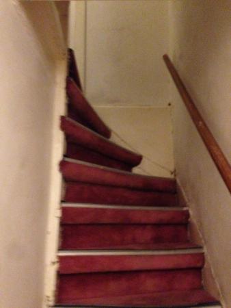 Hotel Ajax: Escaleras imposibles