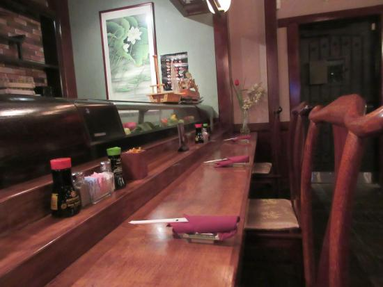 Tokyo Steakhouse: Seats at the sushi bar