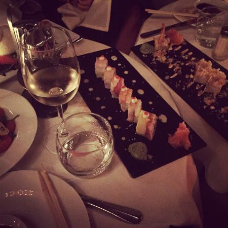 Villa Blanca Hotel & Spa : Lounge & sushi