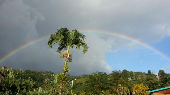 La Mansion Inn Arenal Hotel: View of Rainbow above the restaurant