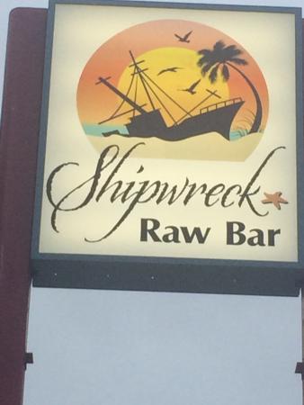 Shipwreck Raw Bar: Welcome Aboard