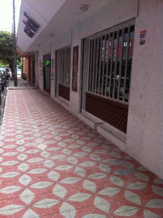 Bar Central: calçada da Central