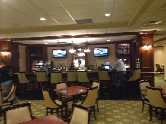 Sheraton Omaha Hotel: The bar