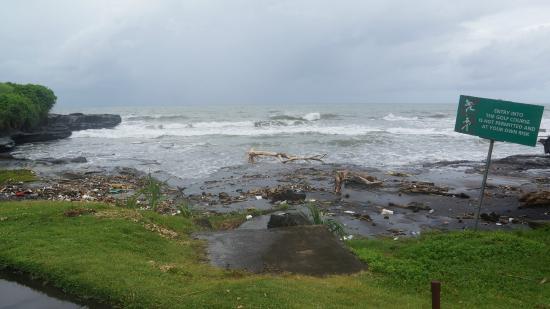 Pan Pacific Nirwana Bali Resort : Beach access