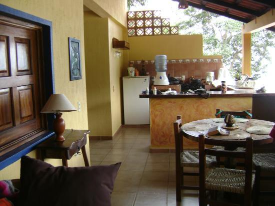 Garcia Rentals: Vista Hermosa dining area and kitchen
