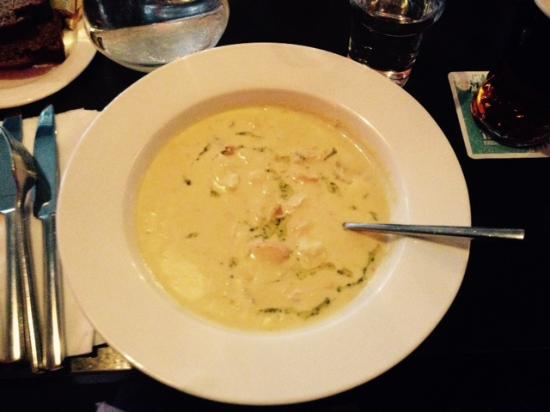 Elwoods Bar and Grill : Galway Bay Seafood Chowder