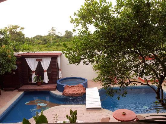 Hotel Boutique Posada Las Iguanas : Baño sauna y piscina