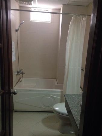 King Town Hotel : Ванная