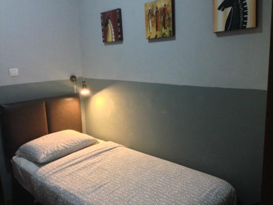 Hotel Tator: Bugis Single Room