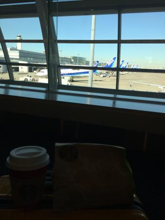 Starbucks Coffee, Haneda Airport Dai-2 Terminal North Pia