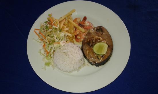 Dilena Beach Inn Sea Food Restaurant: plate