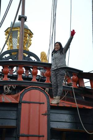 Bataviawerf: I'm the queen of the world :P