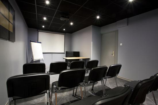 Kyriad Marseille Centre : Salle de Séminaire Kyriad Paradis