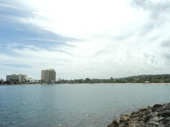 Ocho Rios Bay Beach: The beach in Occhi